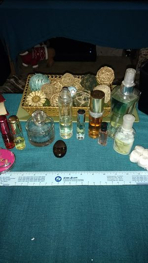 Large bundle women's fragrance Victoria's secret & More for Sale in Dayton, OH