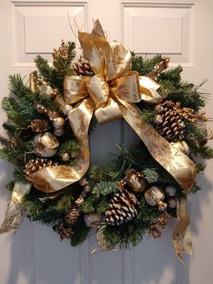 Christmas wreath with gold decoration for Sale in Neenah, WI