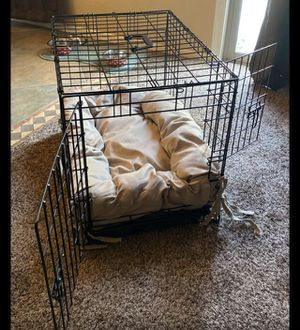 Medium size dog crate with custom bed for Sale in Phoenix, AZ