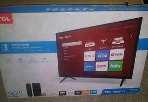 32 inch roku smart Led TV for Sale in Sacramento, CA