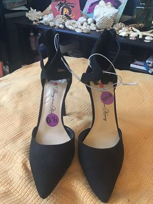 Penny loves Kenny size 6 1/2 high strap heels black new w tags for Sale in Miami, FL