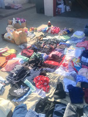 Clothes for Sale in Clovis, CA