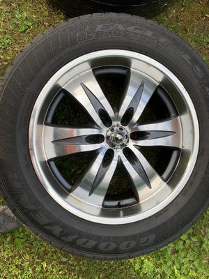 Tire and rims size 20 275/55R/20 for Sale in Malta, NY