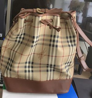 Burberry bag for Sale in Bergenfield, NJ