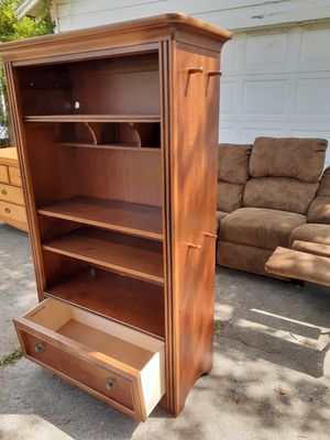 Bookshelves 2pcs SOLID WOOD GOOD CONDITION for Sale in Houston, TX