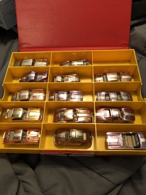 Rare Aurora speedline cars from the 60s/14 cars with case for Sale in Lutz, FL
