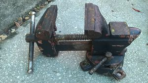 """Antique bench vice 3 1/2"""" for Sale in Cocoa Beach, FL"""
