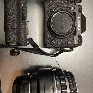 Fujifilm Xt2 for Sale in Los Angeles, CA
