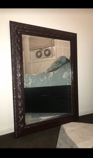 Decorative Wall Mirror for Sale in South Gate, CA
