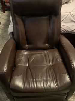 Brown Faux Leather Rocker/Recliner for Sale in Bothell,  WA