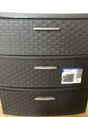 Sterilite 3 Drawer for Sale in El Monte, CA