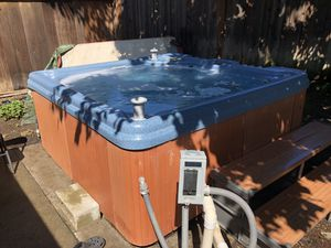 Hot Tub with Radio for Sale in Fremont, CA