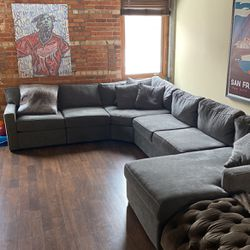 New Sectional Couch for Sale in Detroit,  MI