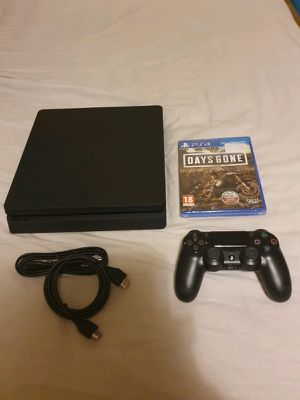 PS4 SLIM WITH CONTROLLERS for Sale in Miami, FL