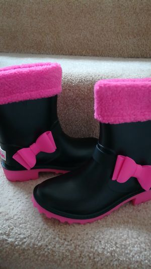 Girls rain boots, brand new, Size 3 for Sale in Kirkland, WA