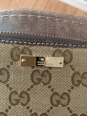 Gucci wallet for Sale in Peoria, AZ