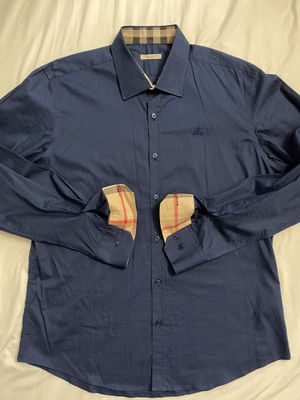 Navy Blue Burberry button up for Sale in Los Angeles, CA