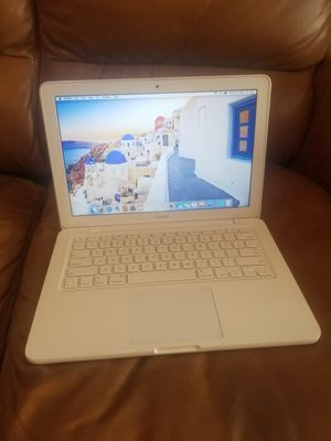 Apple Macbook 250GB hard drive Laptop 2.26GHZ processor Laptop 4GB W/Airdrop Bluetooth Wi-Fi Webcam Animation Design School Work Travel + Charger for Sale in Minneapolis, MN