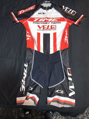 Road bike suit for Sale in Covina, CA