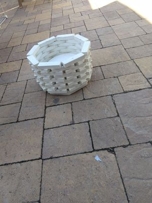 White plant holder for Sale in San Diego, CA