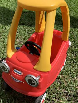 Little Tikes Cozy Coupe Car for Sale in Miramar,  FL