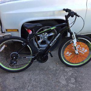 """24"""" Schwinn Bike for Sale in Austin, TX"""