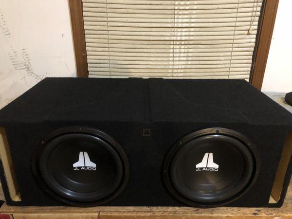 "Custom build box 2 jl w0v3 10"" subs with 1500 amp"
