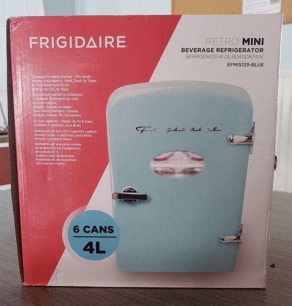 Frigidaire Retro Mini Refrigerator - Blue