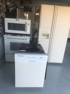 Kitchen Aid Appliances for Sale $500 everything! for Sale in Walnut, CA
