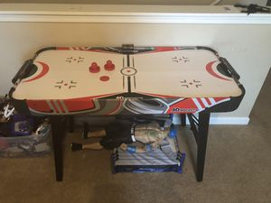Air hockey table for Sale in Mount Holly, NC