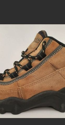 Columbia Sportswear Brown Hiking Boots Womens Size 7 for Sale in Los Angeles,  CA