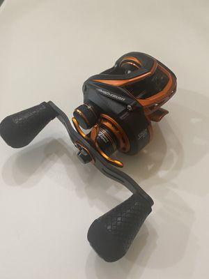 Lew's Mach Crush Speed Spool baitcaster fishing reel MC1SH for Sale in Santa Fe, TX