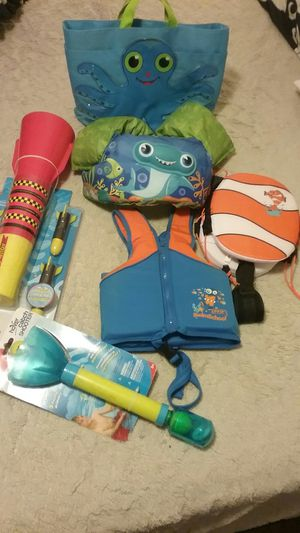 Kids Summer Pool Lot, toys etc... for Sale in Greensboro, NC