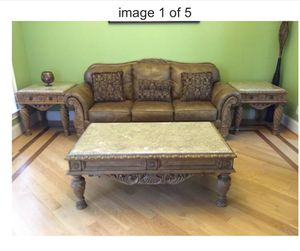 Beautiful living room set for Sale in Wasilla, AK