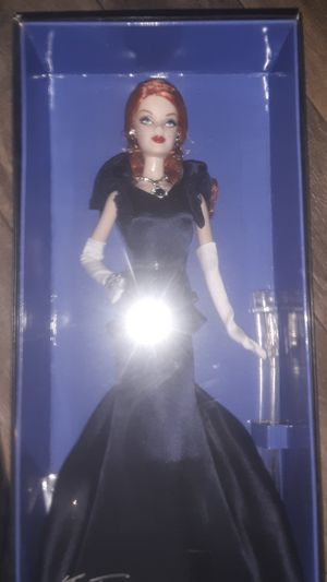 Hope diamond barbie Smithsonian gold label collection for Sale in Nashville, TN