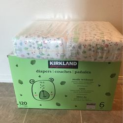 Kirkland Diapers for Sale in Canby,  OR