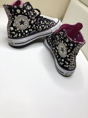 Shoes converse size us 6.5 for Sale in Tampa, FL