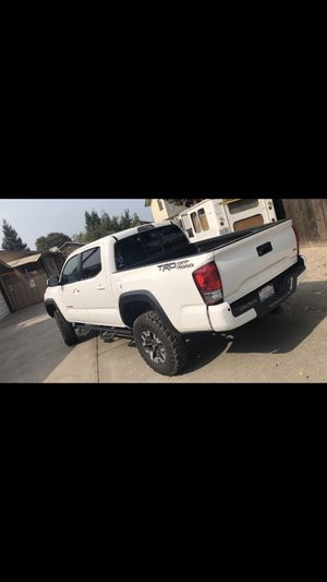 Toyota tacoma for Sale in Modesto, CA