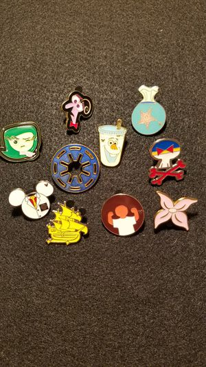 Lot of 10 Disney pins some hidden Mickeys for Sale in Staten Island, NY