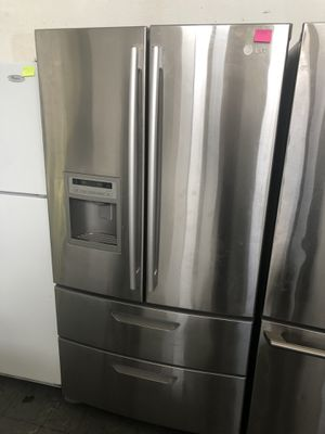 Stainless steel refrigerator Like new for Sale in Hayward, CA