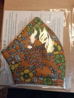 Tory Burch Face mask gift set 4 pack for Sale in Hayward, CA