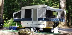 96 Dutchmen Duck pop up camper! Great condition for age! Everything works! for Sale in Bremerton, WA