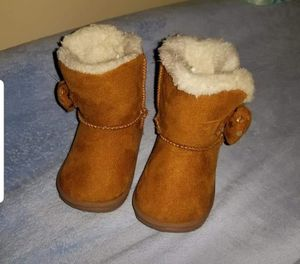 Baby girl size 2 boots for Sale in Guttenberg, IA