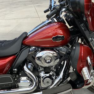 2012 Harley-Davidson FLHTCU Electra Glide Ultra Classic for Sale in Laveen Village, AZ