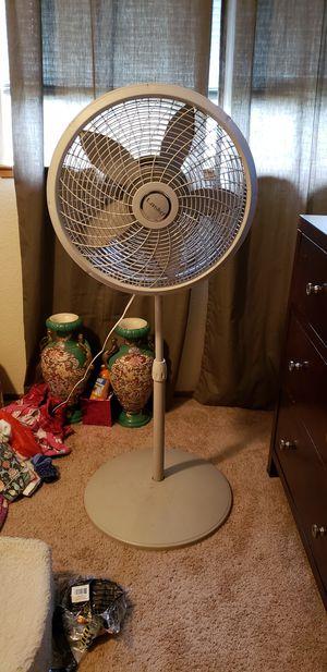 Fan for Sale in Lake Stevens, WA