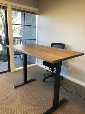Sit Stand Desk for Sale in San Carlos, CA