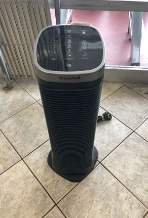 Honeywell air purifier & humidifier for Sale in Hollywood, FL