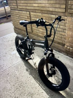SWAGTRON MOTOR BIKE 1000$ for Sale in The Bronx, NY