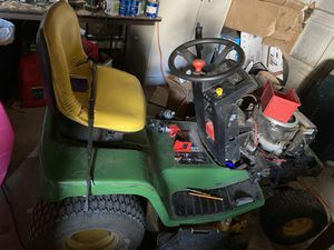 Riding lawn mower for Sale in Toledo, OH