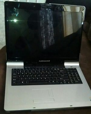 """Alienware Aurora m9700 17"""" Gaming laptop for Sale in Alexandria, VA"""